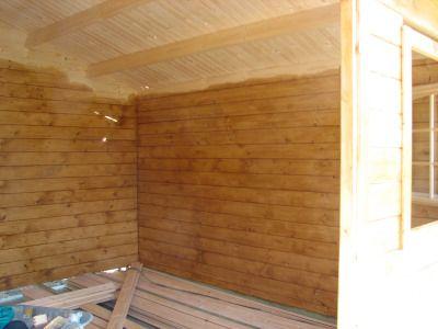 Lasure dans l 39 int rieur du chalet for Chalet en bois interieur
